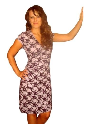Dámské šaty Fashion Mami vel. 40/42,44/46,48/50 fialové vzor krajka